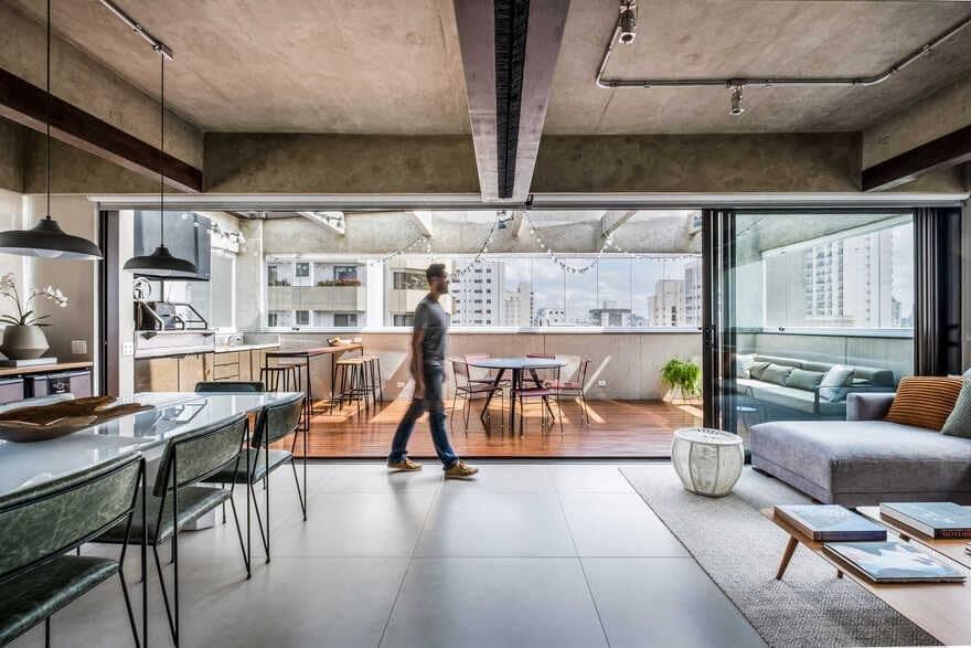 Duplex in Moema, Brazil / Mandarina Arquitetura