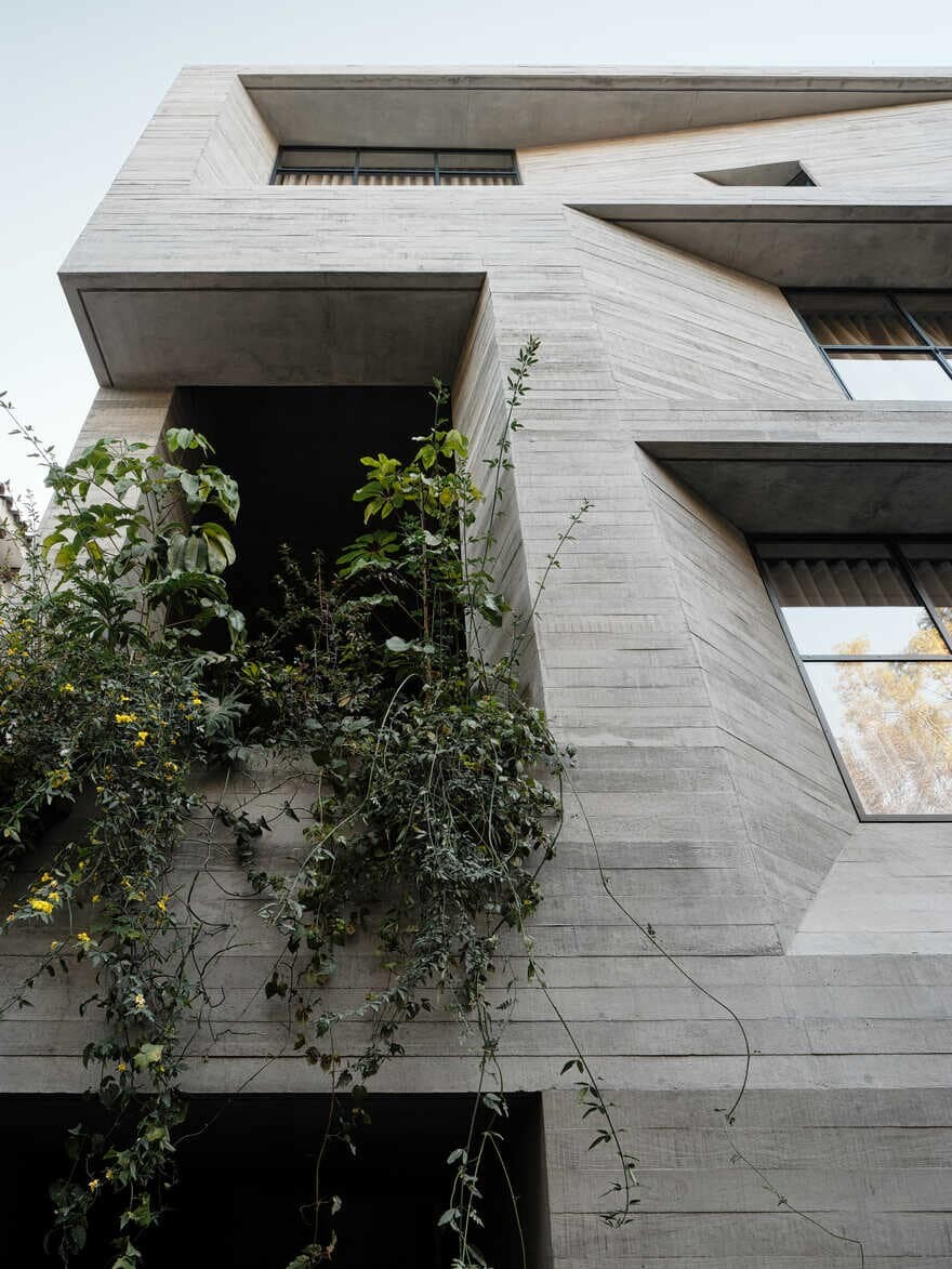 Five-Story Apartment Building in Mexico City by Studio Rick Joy