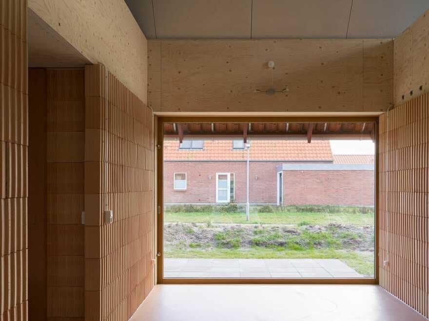 Modern Danish Longhouse / Lenschow & Pihlmann