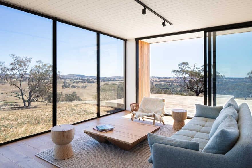 Modular Farmhouse Kangaroobie / Modscape