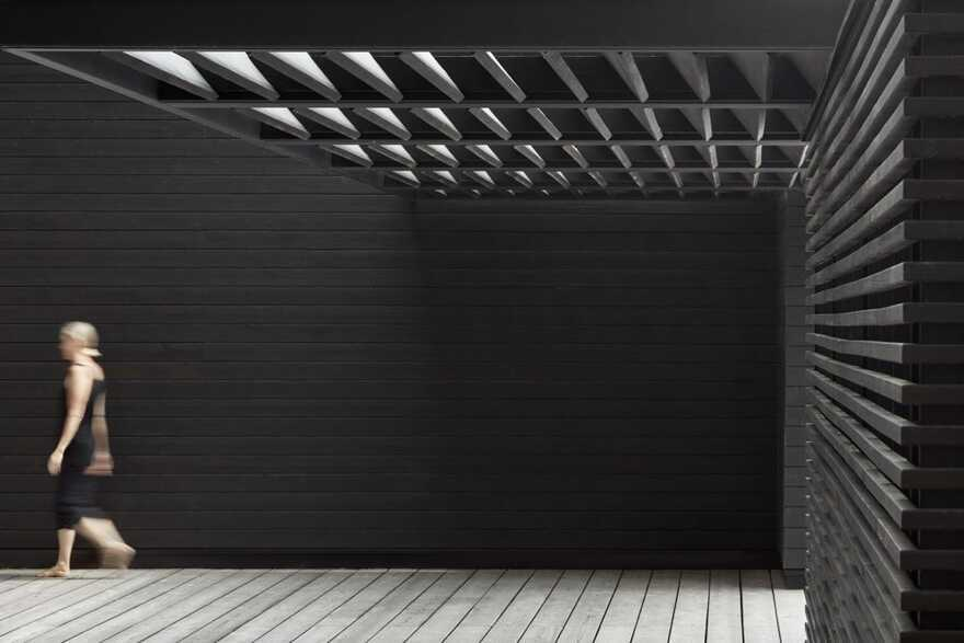 Muskoka Boathouse / Akb Architects