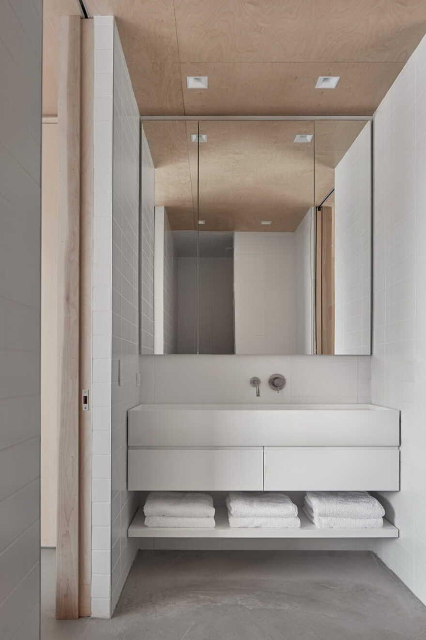 bathroom / Akb Architects