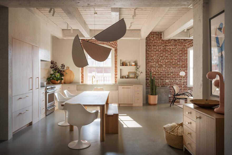 dining room/ Jessica Helgerson Interior Design