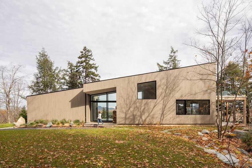 Perchée House, Québec / Natalie Dionne Architecture