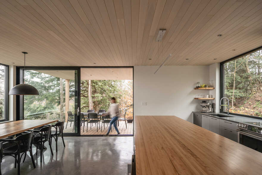 dining room, Québec / Natalie Dionne Architecture