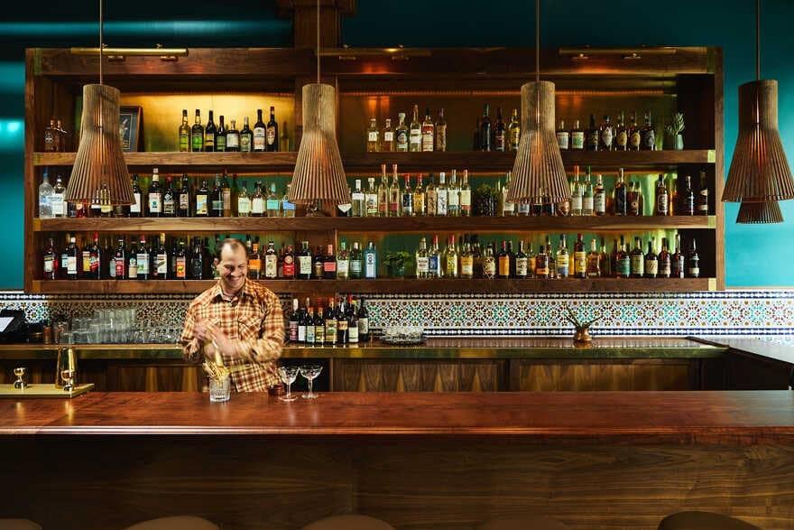 bar, Seattle / Heliotrope Architects