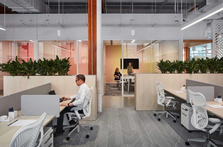 workspace, Solomon Cordwell Buenz