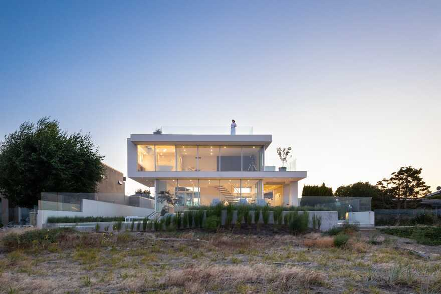 Boundary Bay Residence / Frits de Vries Architects