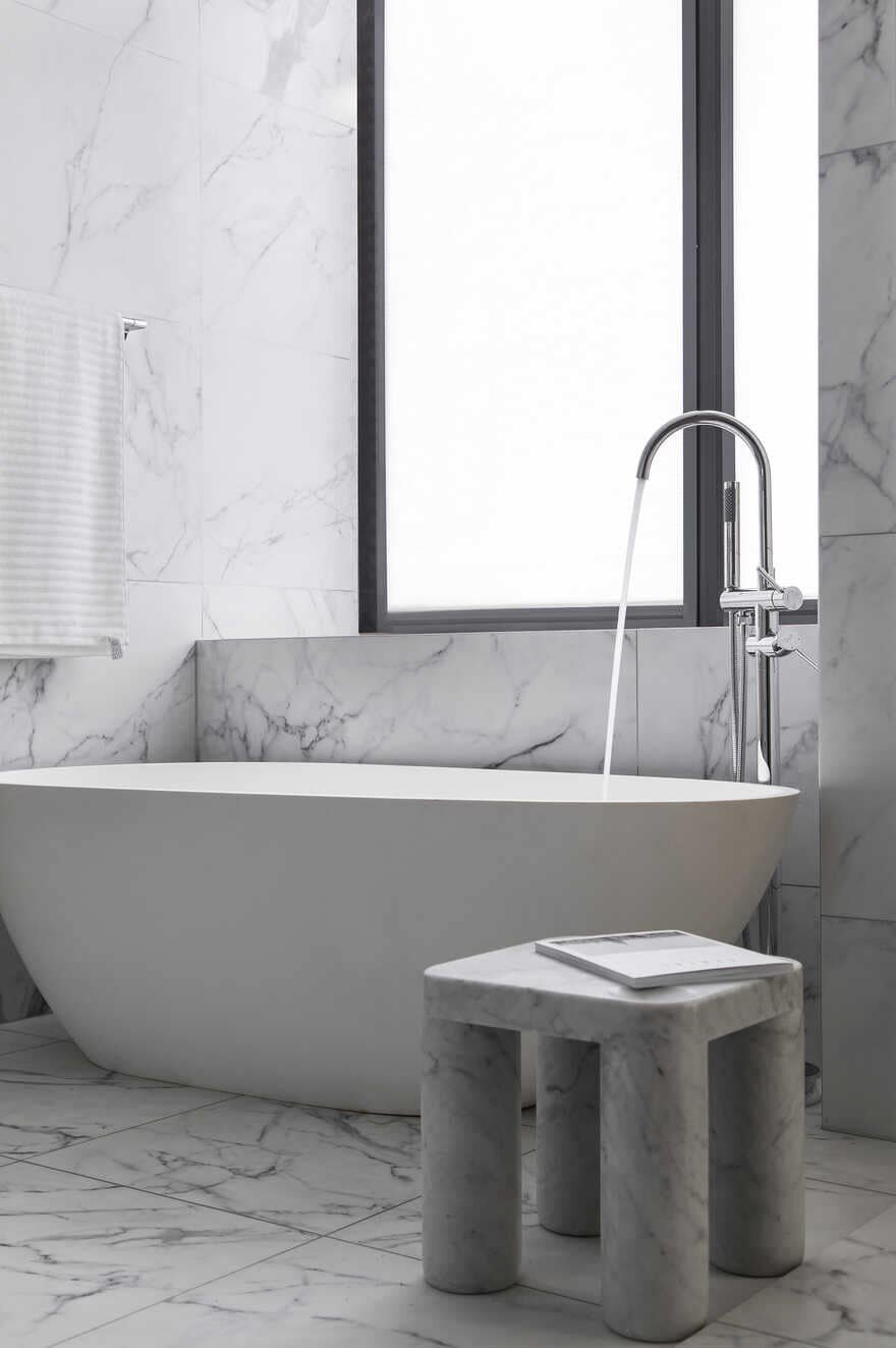 Bathroom / Liang Architecture Studio