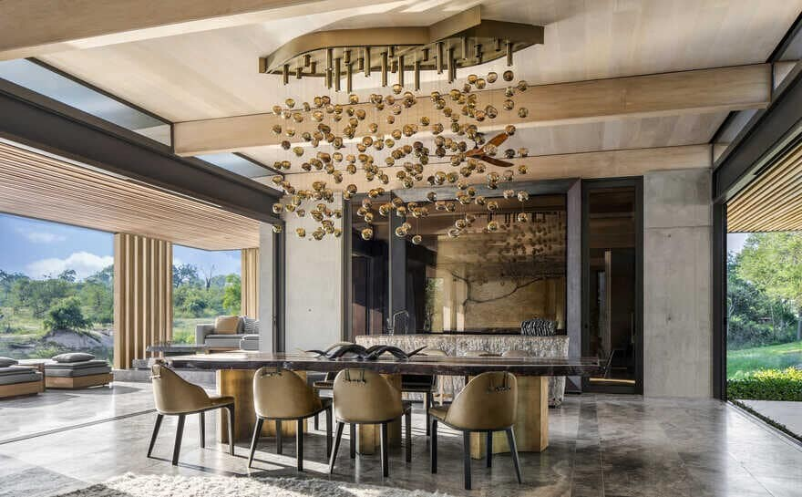 dining room, South African Wildlife by ARRCC