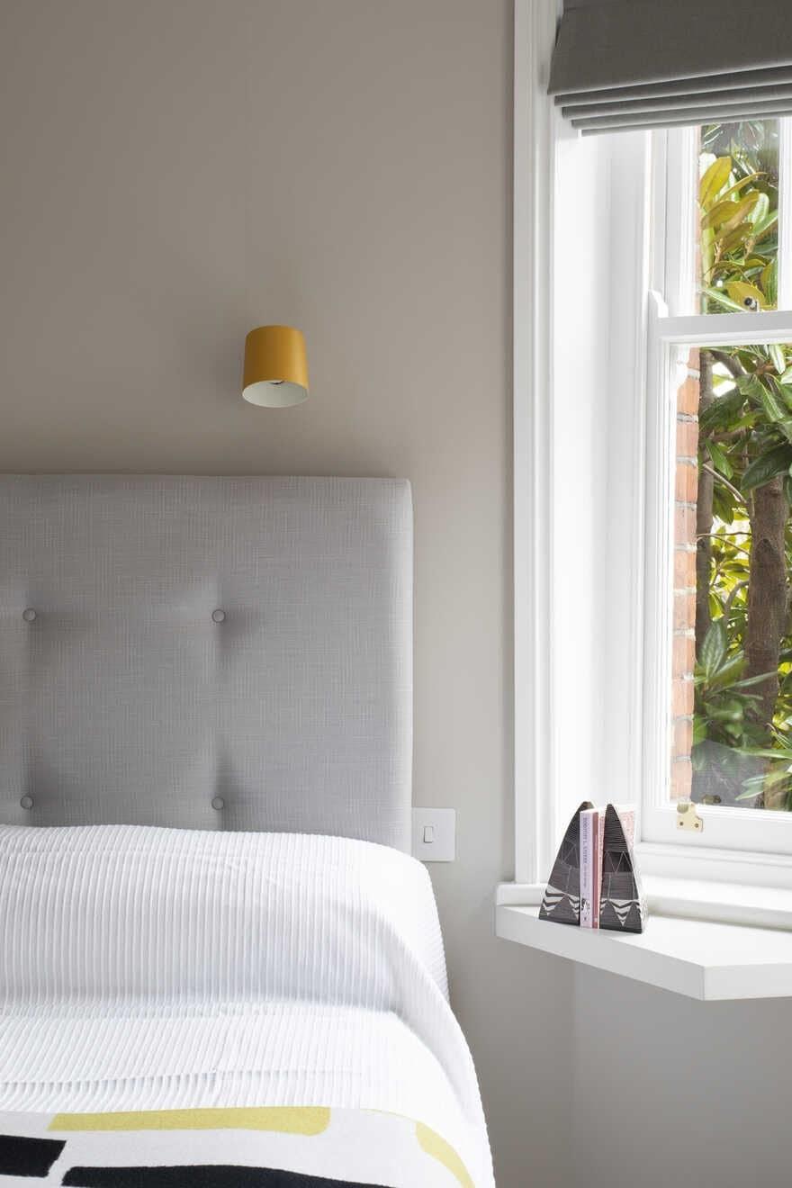 bedroom / Astrain Studio
