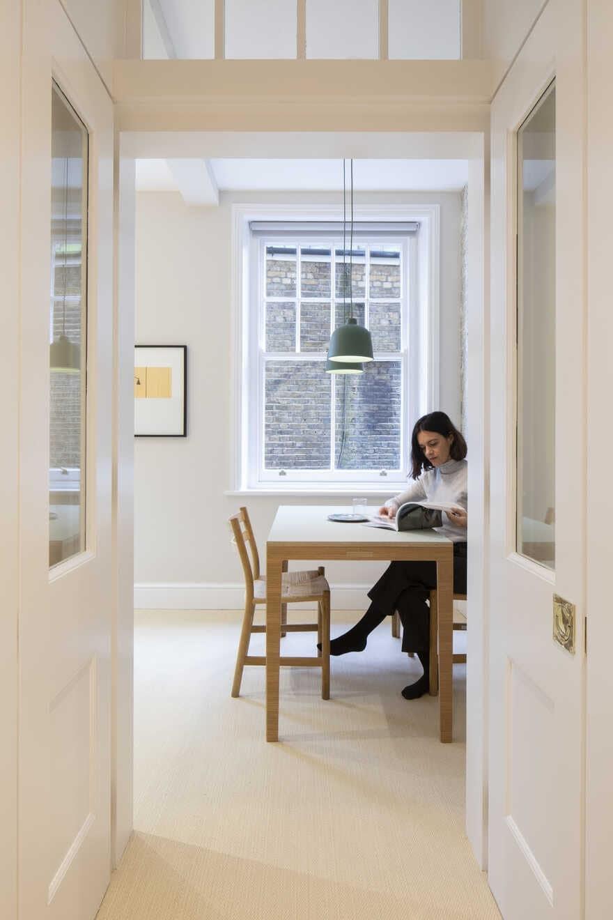 dining room / Astrain Studio