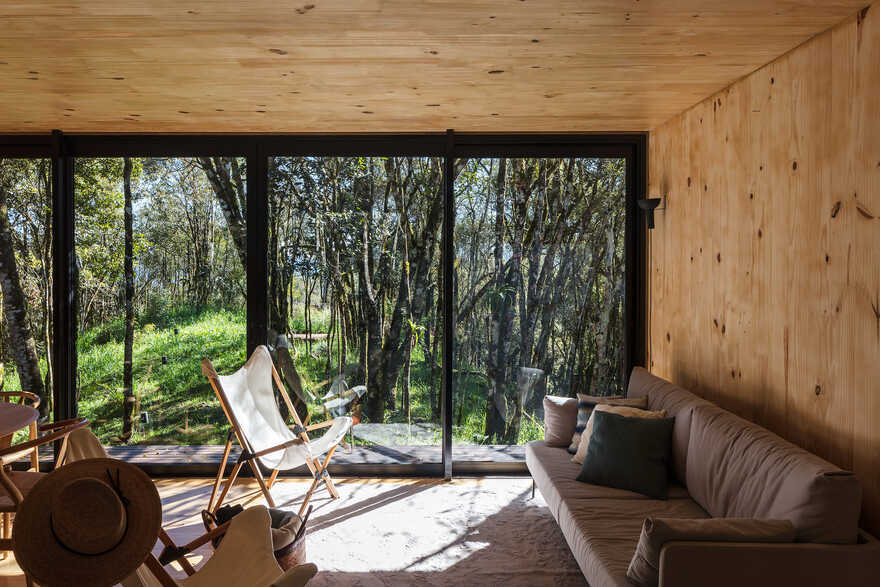 MINIMOD Retreat by MAPA Based on Prefab Plug & Play Logics