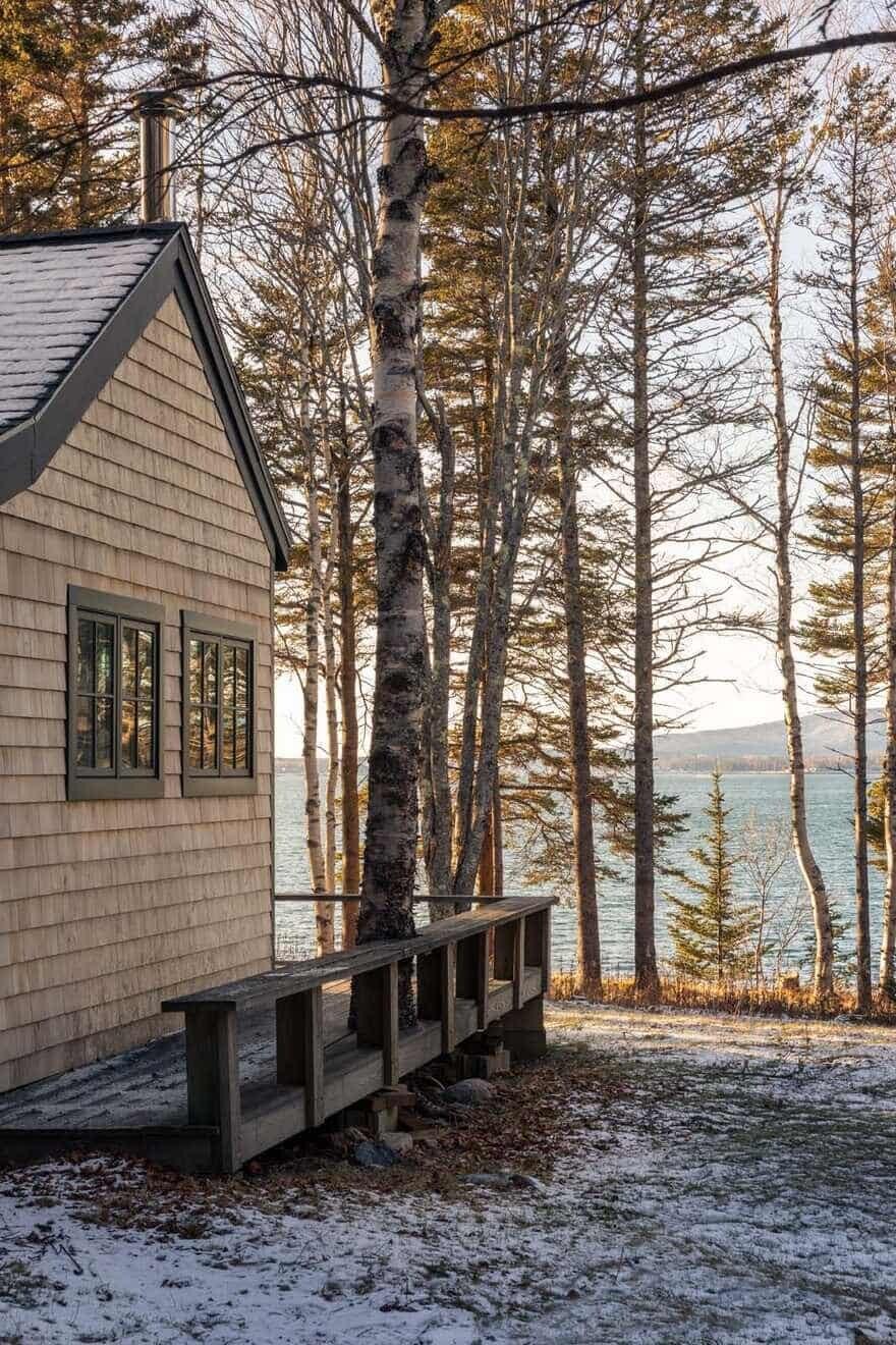 Pest Cottage / Caleb Johnson Studio
