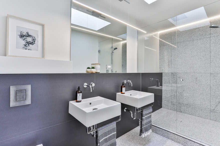 Efficient, Sustainable and Healthy Urban Living, baukultur/ca, bathroom