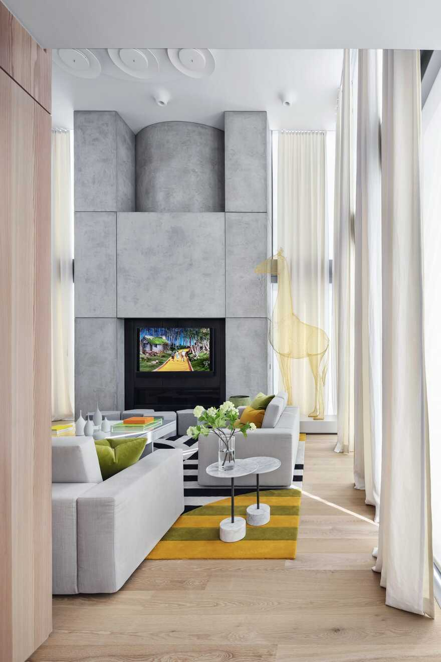 Manhattan Triplex Apartment / SheltonMindel