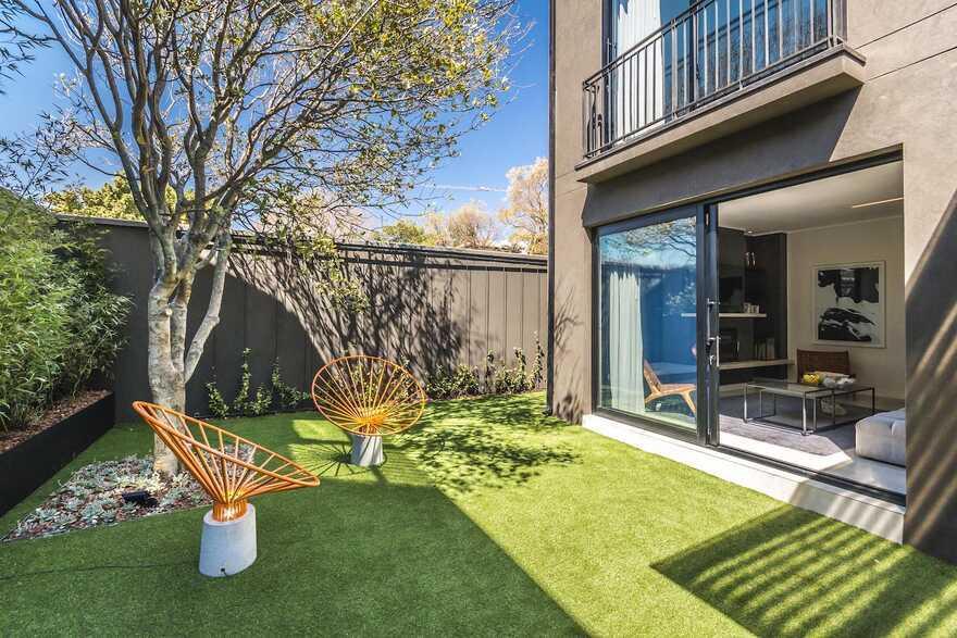 garden, Johannesburg / Daffonchio Architects