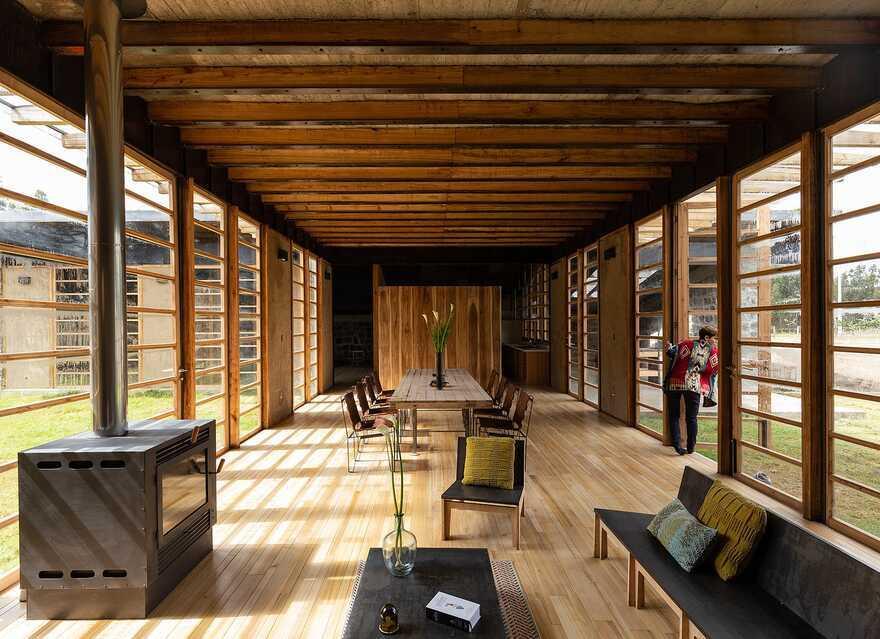 living space, Ecuador / Rama Estudio