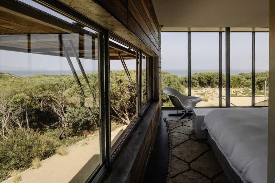 bedroom / Woods Bagot