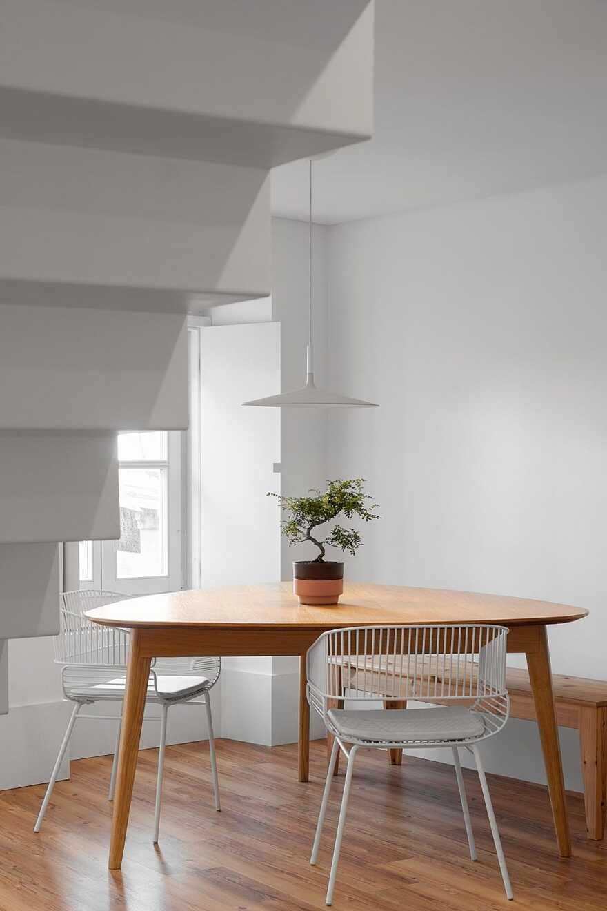 dining room, House in the Historic Center of Leiria, Portugal, Joana Marcelino Studio