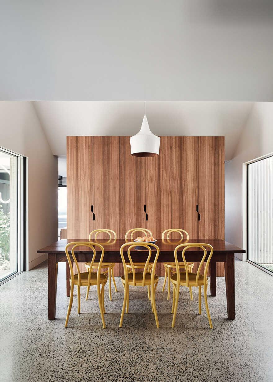 RaeRae House / Austin Maynard Architects