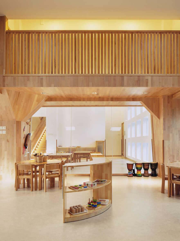 IBOBI International Kindergarten / Shenzhen VMDPE Design
