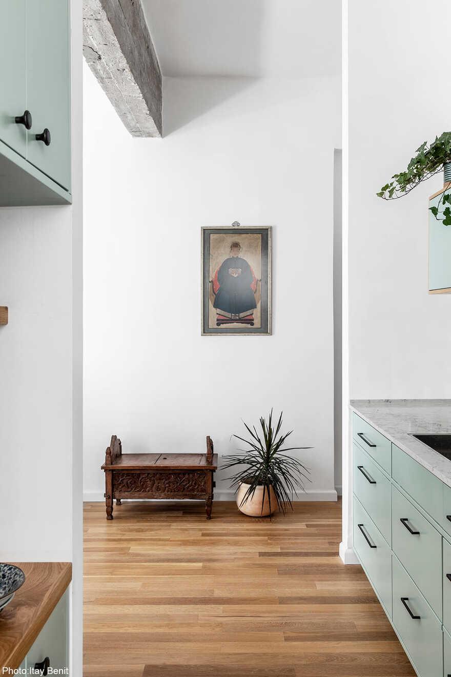 50 sqm Apartment in Central Tel Aviv by Danka Design