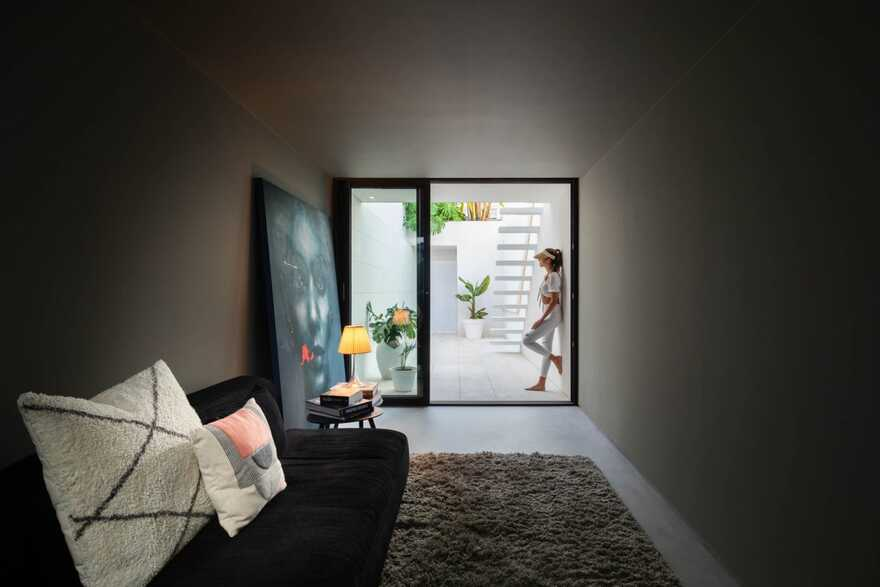 Beira Mar House in Aveiro by Architect Paulo Martins
