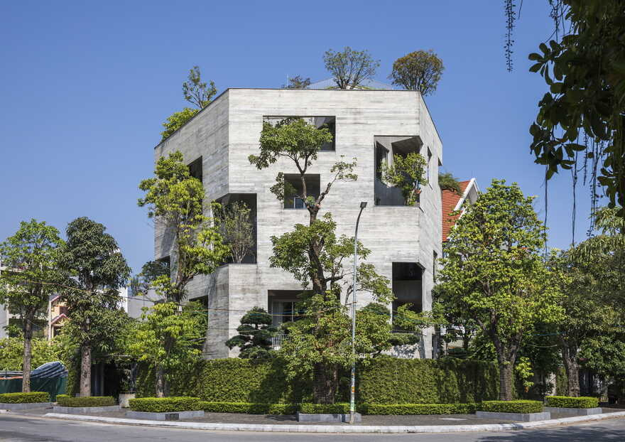 Ha Long Villa / Vo Trong Nghia Architects