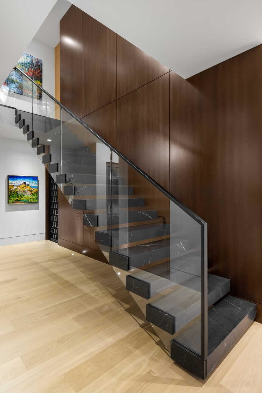 staircase / Madeleine Design Group