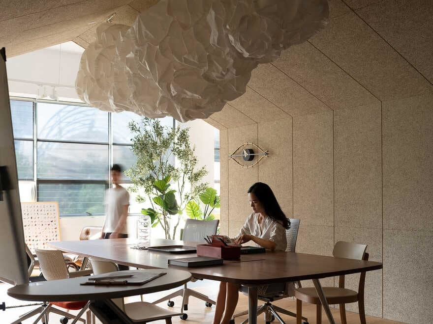 Net Office Furniture Showroom / Super Normal Design