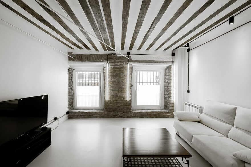 Diaphanous Renovation for a Musician in Madrid / idearch studio