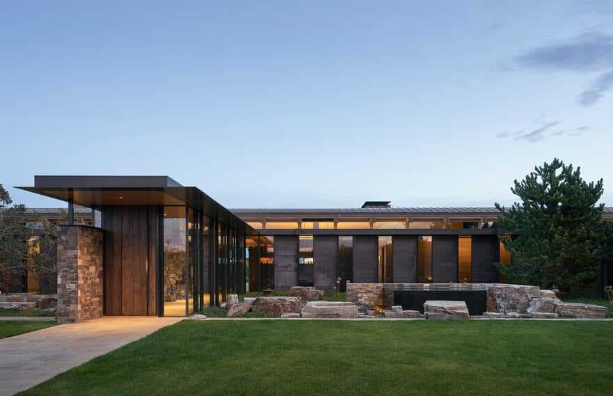 Orchard Canyon Residence / Graham Baba Architects