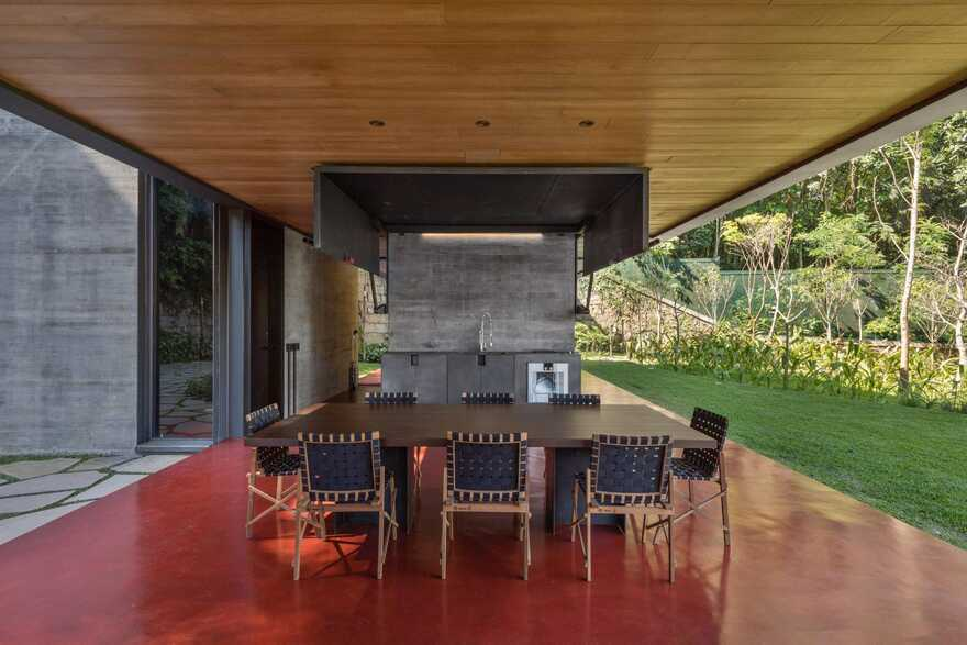 Private Retreat Adjacent to the Tijuca National Park, Olson Kundig