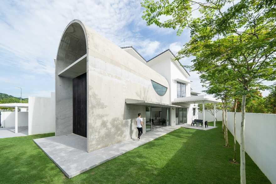 Bewboc House, a Suburban Terrace House in Kuala Lumpur by Fabian Tan