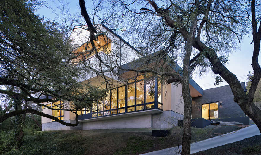 Descendant House / Matt Fajkus Architecture