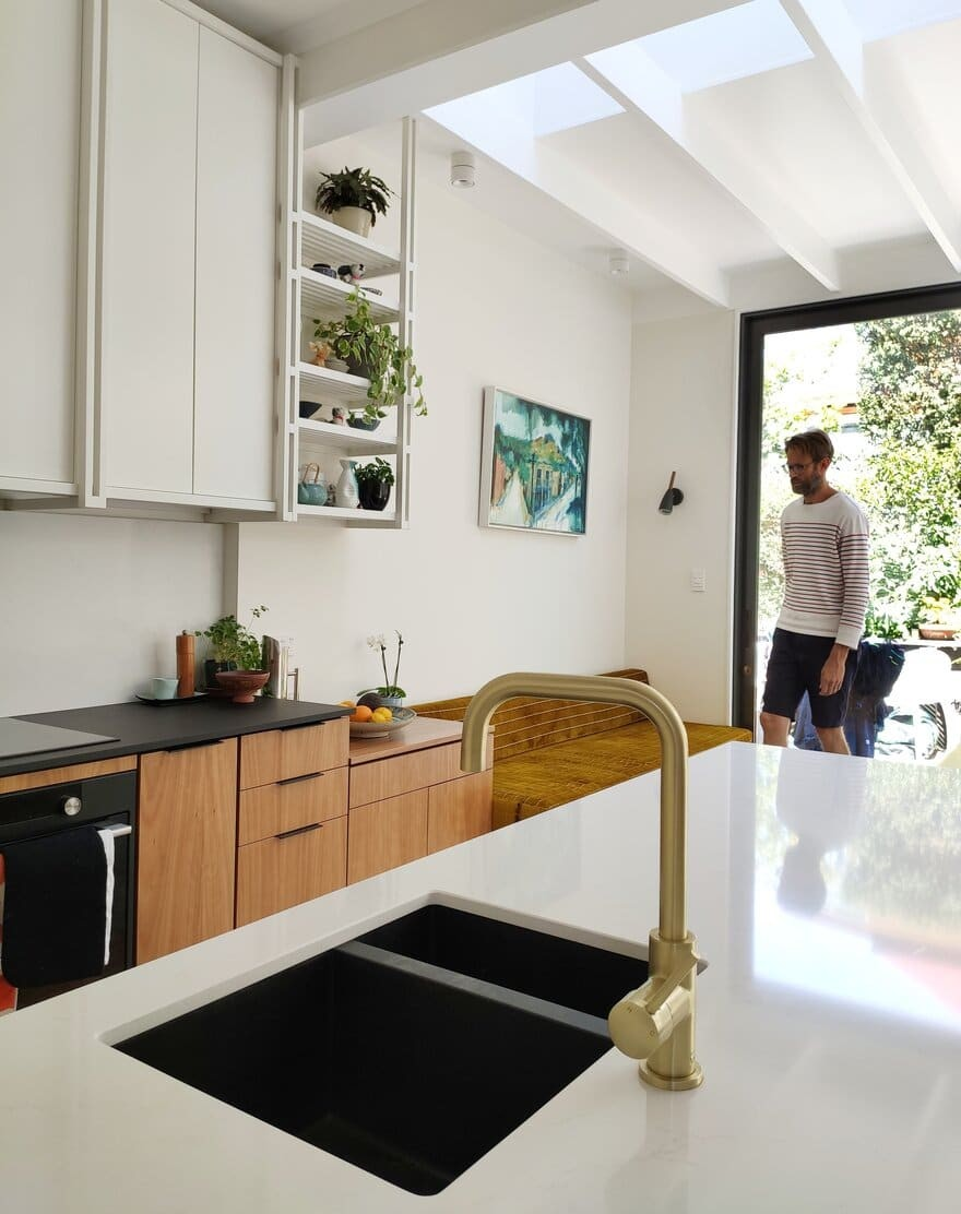 kitchen design by Lovell O'Connell Architects
