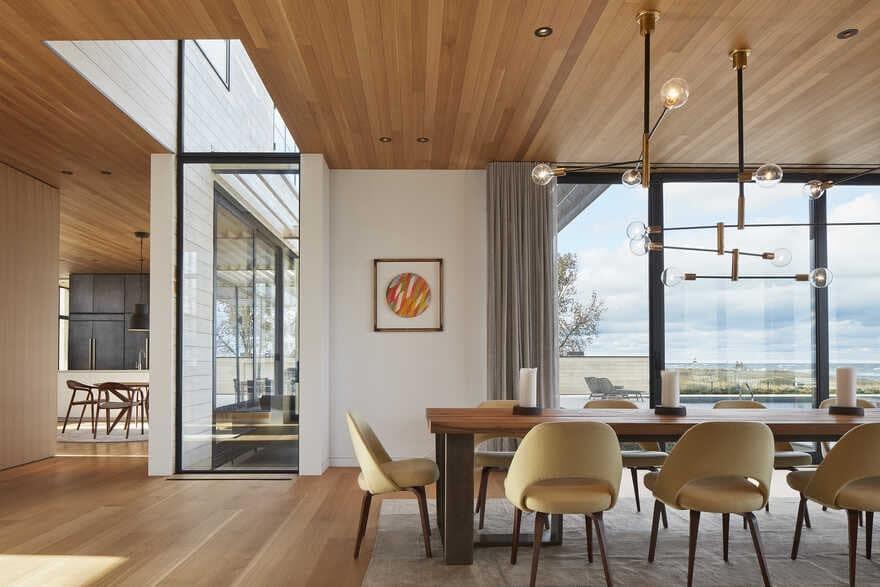 dining room / Wheeler Kearns Architects
