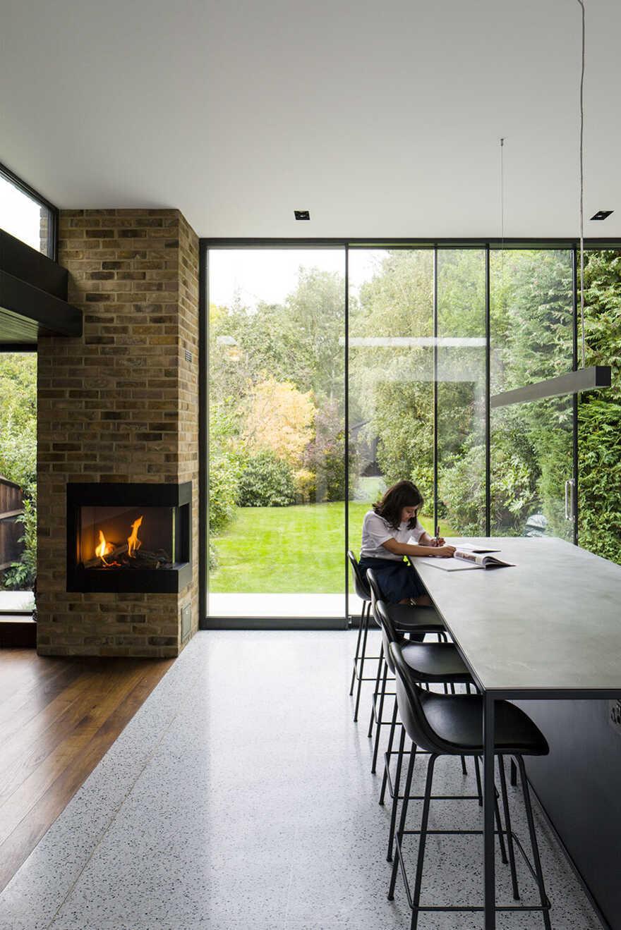 fireplace, dining room, London / Daykin Marshall Studio