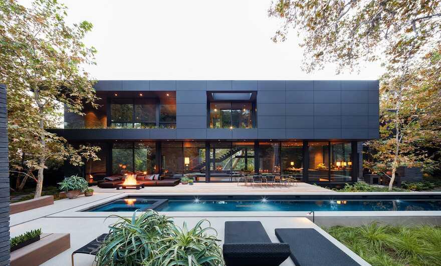 Mandeville Canyon House / Marmol Radziner Architecture