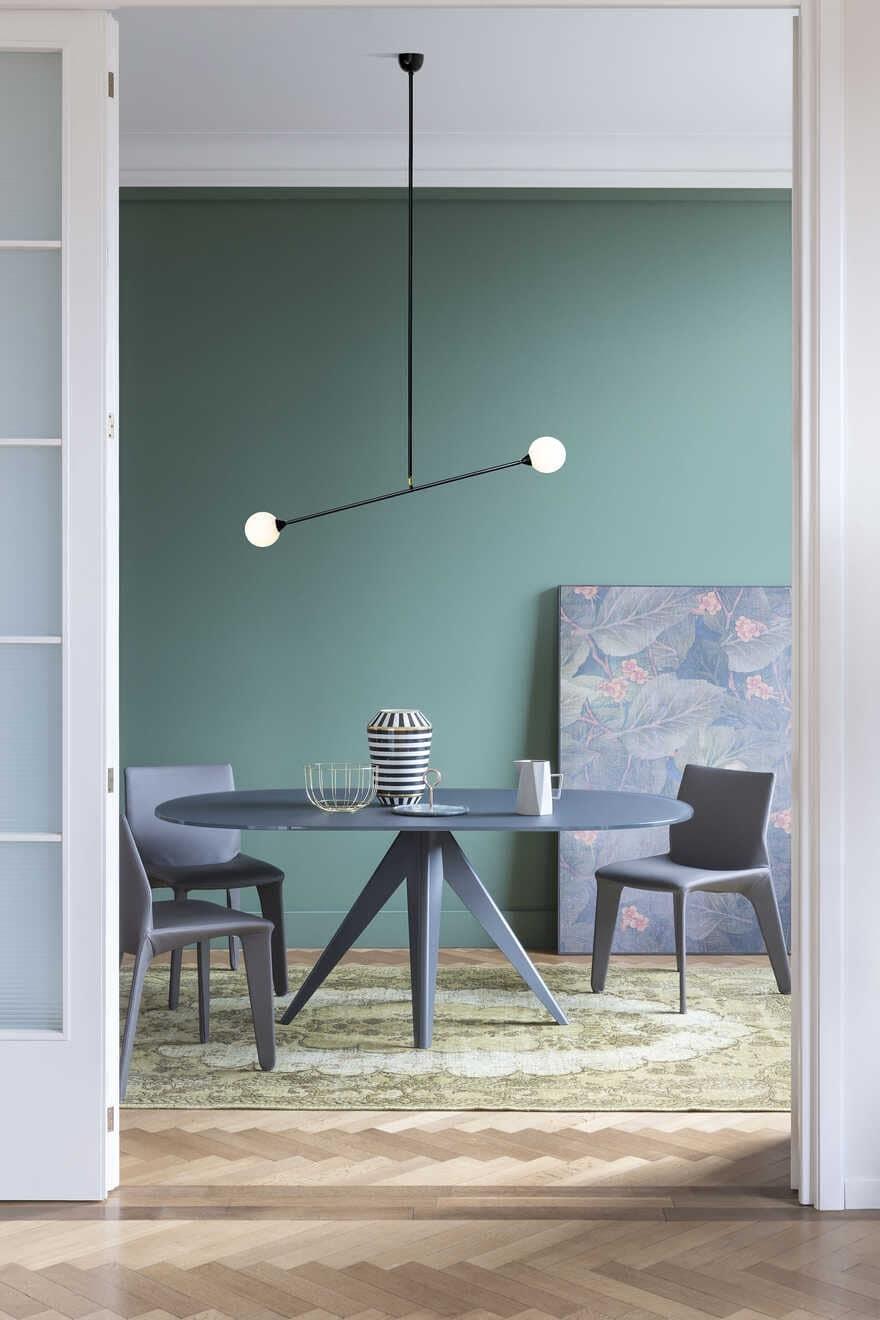 NOA - indoor tables