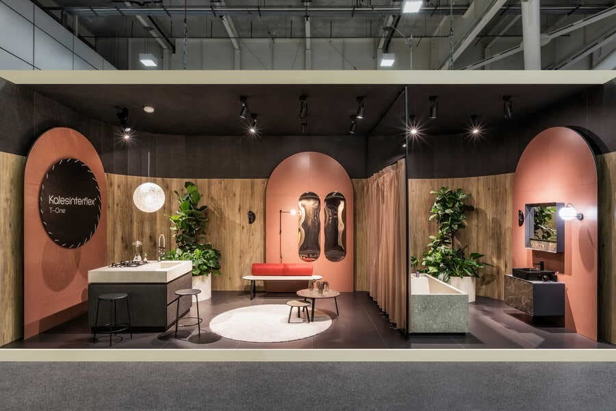 Bespoke Romance Showroom by Paolo Cesaretti Arch