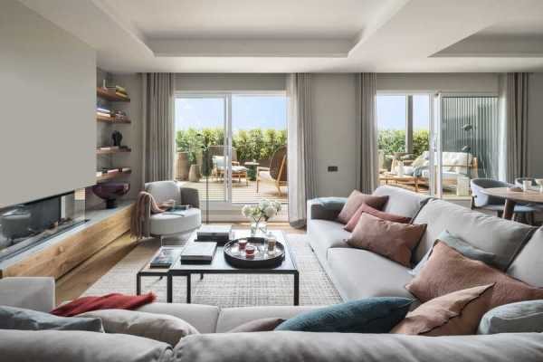 Reina Victoria Penthouse, Barcelona / The Room Studio
