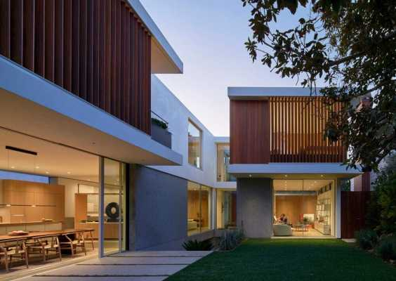 Montalba Architects Utilizes Vertical Courtyard Concept to Complete David Montalba's Personal Family Residence