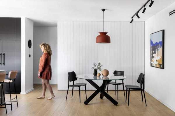 AA Apartment in Tel Aviv by Maya Sheinberger Interior Design