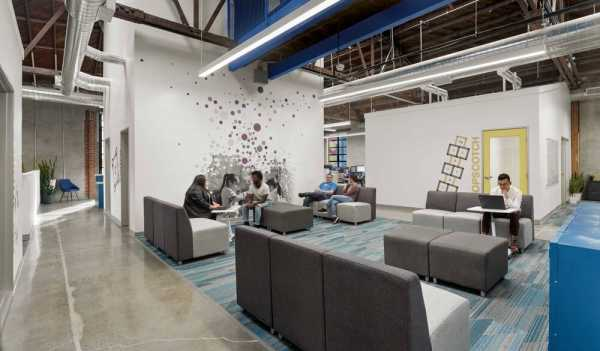 Playworks Headquarters by Feldman Architecture