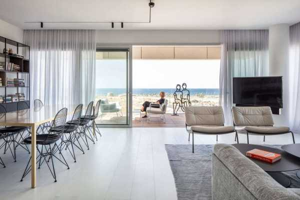 Light and Airy Residence with Sea Views in Israel