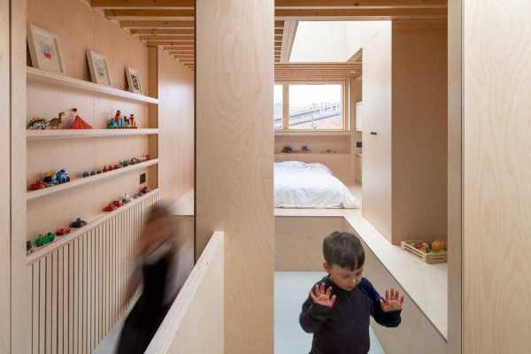 Two and a Half Storey House by Bradley Van Der Straeten Architects