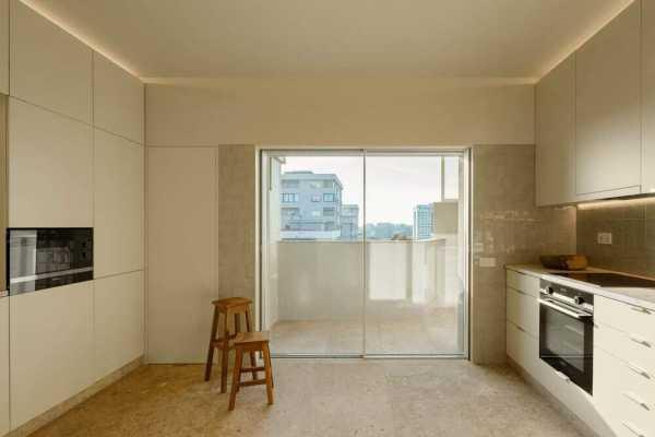 Campo Alegre Apartment in Porto by Costa Lima Arquitectos