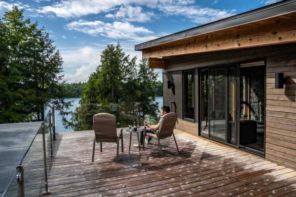 Big Rideau Lake Cottage by Altius Architecture